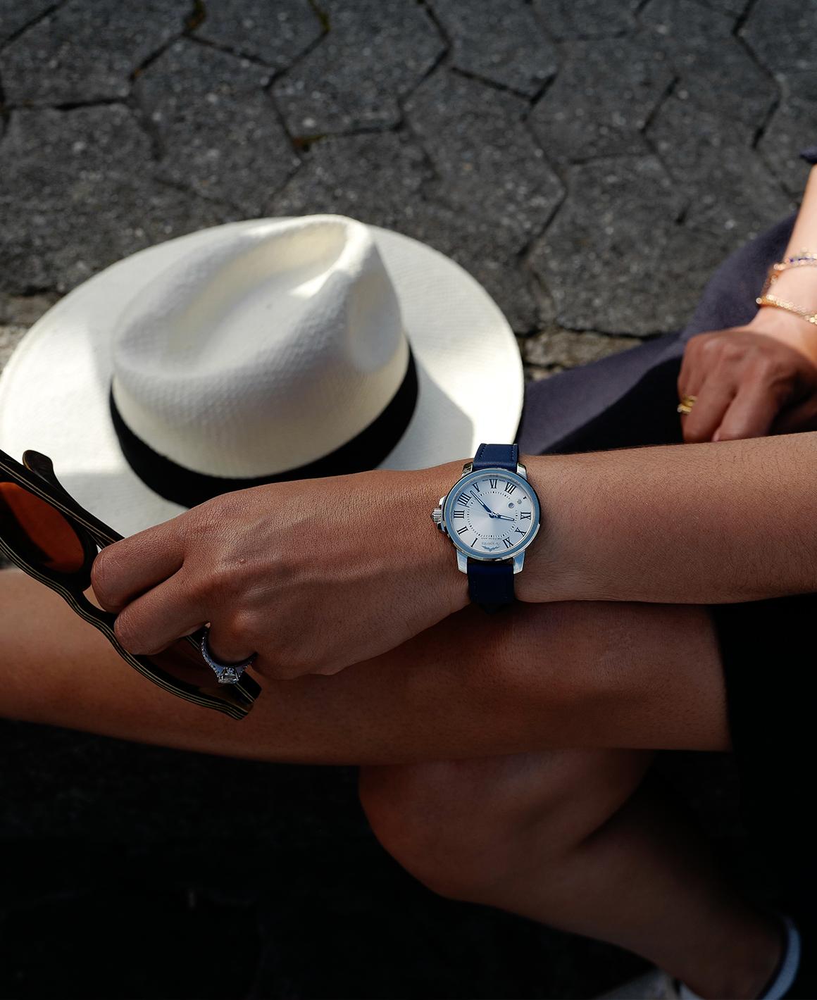 montre-femme-chapeau